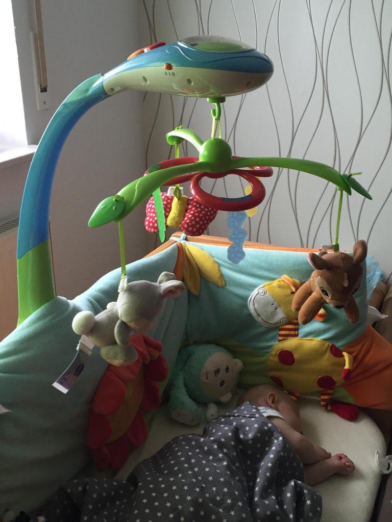 das chicco disney bambi mobile im mibaby produkttest s er blickfang f r kleine disney fans. Black Bedroom Furniture Sets. Home Design Ideas