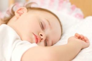 Baby schläft (2)