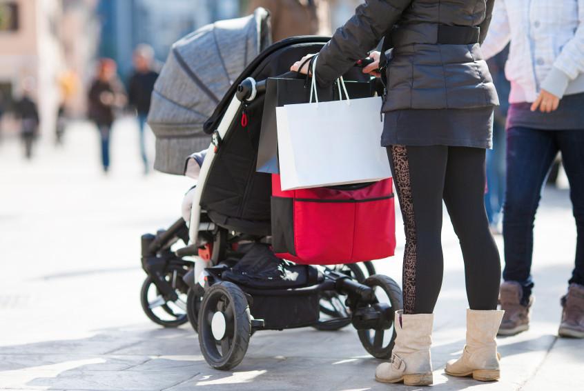 Kinderwagen_Shopping_Einkaufstüten