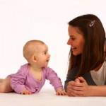 Mama-und-Baby-auf-Boden-IMG_0056_1-300x200