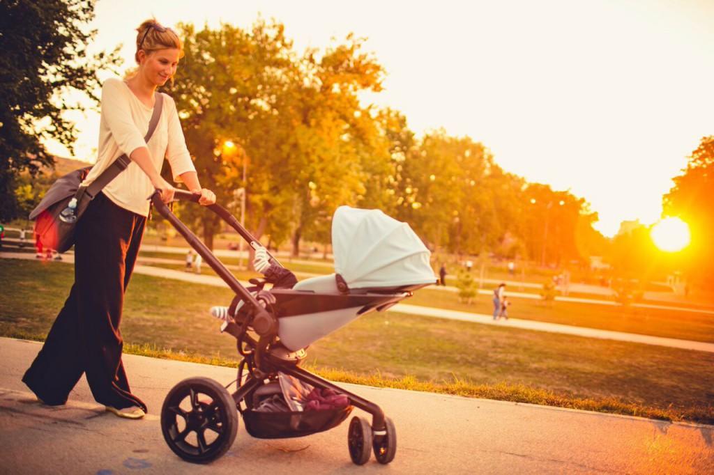 Spaziergang Kinderwagen