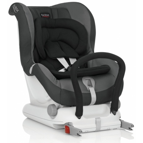 britax kinder autositz max fix ii kaufen tests. Black Bedroom Furniture Sets. Home Design Ideas