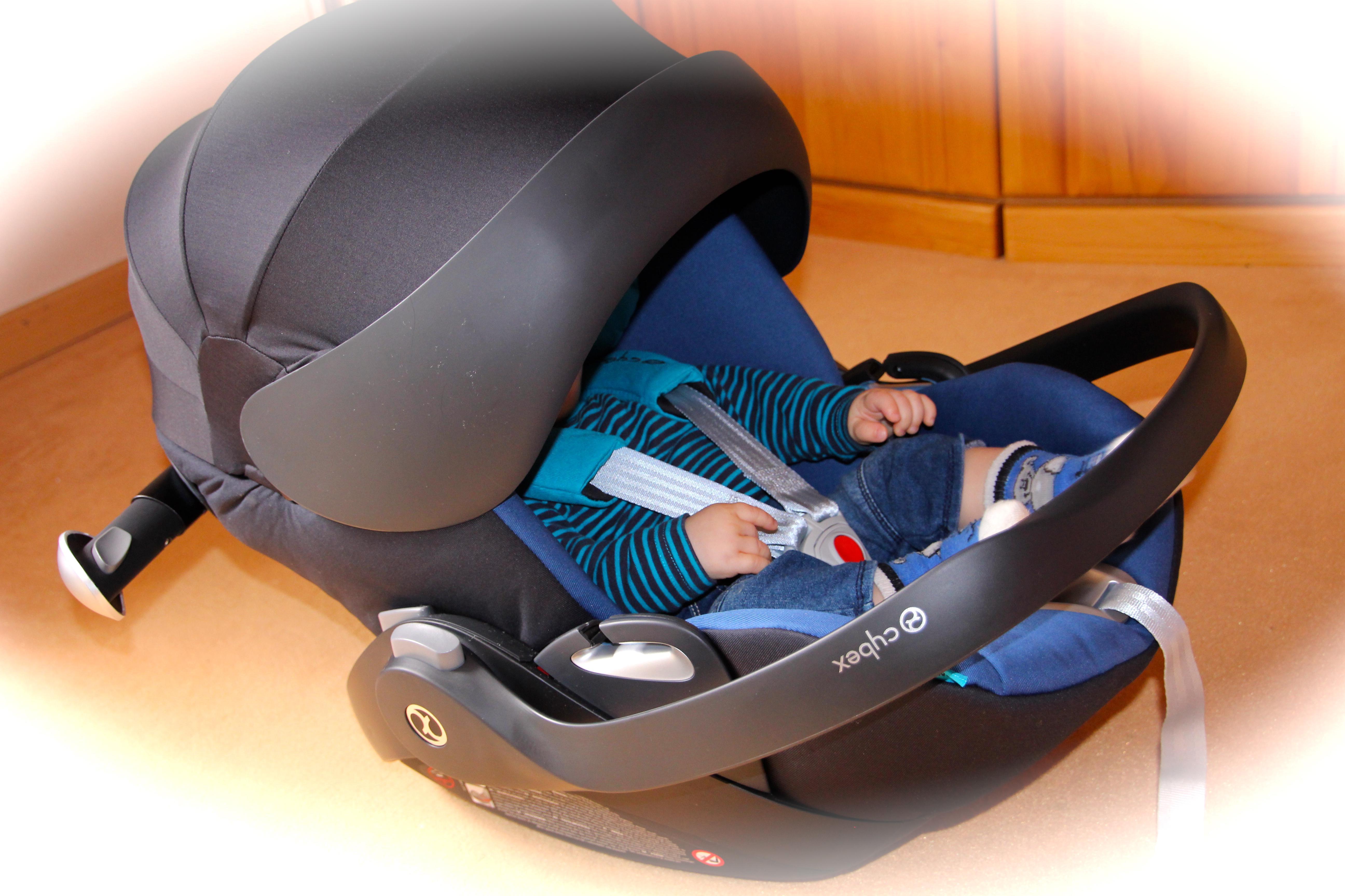 cybex babyschale cloud q kaufen tests bewertungen. Black Bedroom Furniture Sets. Home Design Ideas